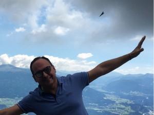 Renato Aguiar curte férias em família em tour pela Europa