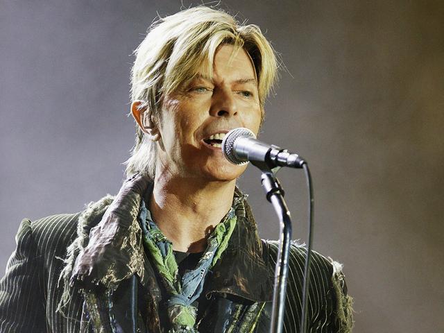 Segundo jornalista, David Bowie teria cometido suicídio assistido