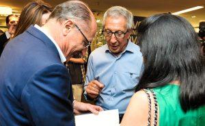 Abílio Diniz lançou livro na Saraiva no qual conta histórias pessoais e profissionais