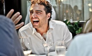 Romero Rodrigues ganha almoço para compartilhar impressões de sua volta ao mundo!