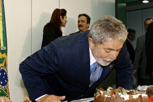 Nos 71 anos de Lula, as glórias e os desafios do ex-presidente