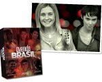 Carminha, interpretada por Adriana Esteves e Nina / Rita interpretada por Débora Falabella; e o box de DVDs da novela Avenida Brasil