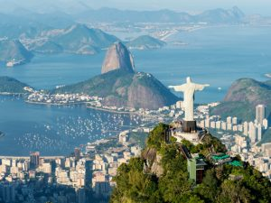 Chefs estrelas Michelin ganham jantar tipicamente carioca no domingo