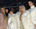 Khloé Kardashian, Kylie Jenner, Kim Kardashian e Kendall Jenner