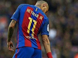 Neymar vai às redes depois de receber pedido de prisão. O que ele escreveu?