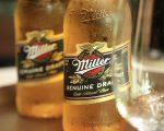 Miller gelada para o brinde pré-almoço