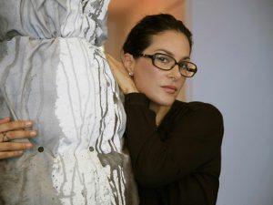 Fotógrafa Paula Klien estreia nas artes plásticas com individual na Alemanha
