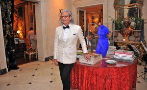 Em tom de mudança, Jorge Elias encerra 2016 com festão para 400 convidados