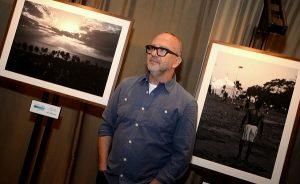 Bob Wolfenson abre mostra com pedestres pelo mundo