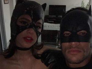 Coladinhos, Bruna Marquezine e Neymar atacam de super-heróis. É o amor!