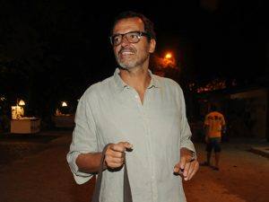 "Fernando Droghetti arma festa de Réveillon ""entre amigos"" em Trancoso"