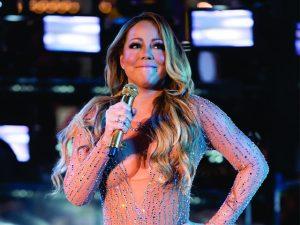 Apesar de fiasco, Mariah Carey levou cachê milionário por show da virada