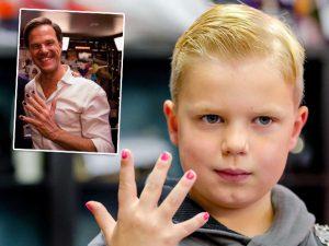 Garoto holandês que sofre de câncer arrecada milhões com campanha online