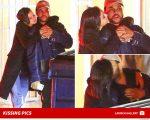Selena e Abel flagrados juntinhos