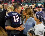 Brady e Gisele celebram a vitória