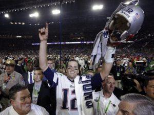 Camisa roubada de Tom Brady tem valor estimado em mais de R$ 1,5 mi
