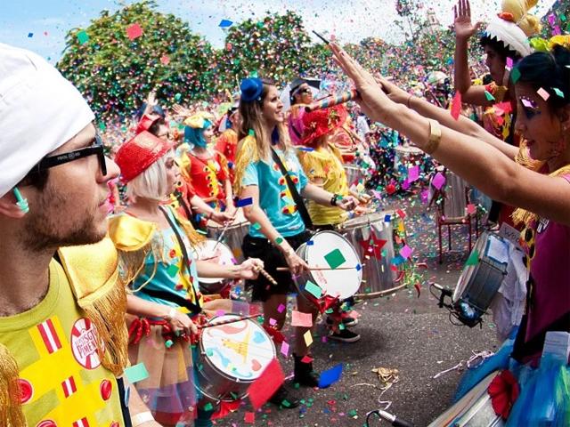 bloco-de-carnaval
