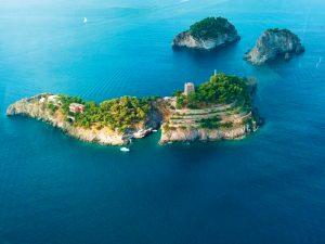 Revista PODER entrega 6 ilhas paradisíacas pelo mundo. Vem!