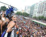 Juliana Paes no Bloco da Favorita, no Rio de Janeiro