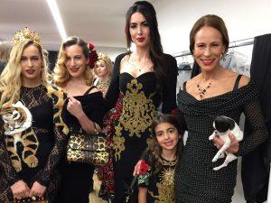 Iara Jereissati e filha se unem a time de brasileiras em passarela da Semana de Moda de Milão