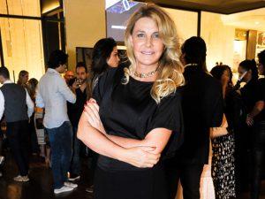 """""""É roupa de mulher de 50 anos"""", diz Bia Doria sobre look usado em evento"""