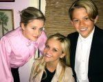 Reese Witherspoon compartilhou esta doce foto dela e de seus filhos