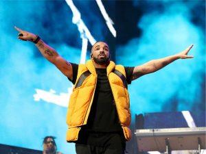 Mulher invade mansão do rapper Drake e rouba… água e refrigerantes!