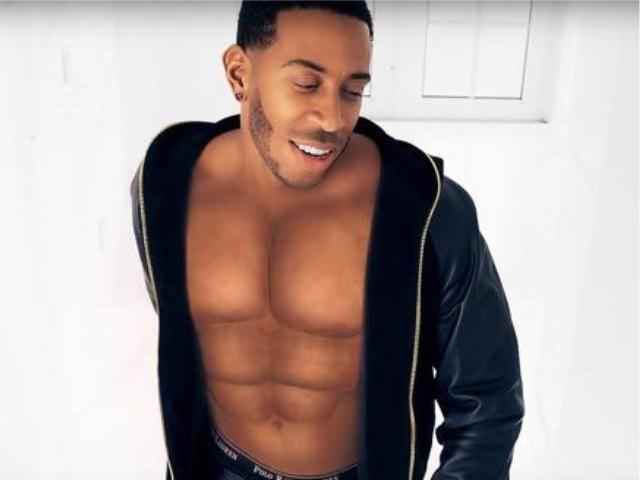 Ludacris no videoclipe de 'Vitamin D'