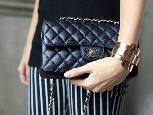 Chanel responde pelo modelo de bolsa mais procurado dos últimos anos
