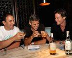 Clooney com os sócios, Mike Meldman e Rande Gerber