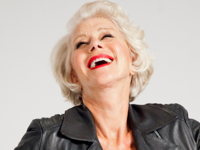 Estrela da L'Oréal, Helen Mirren renovou o contrato com a gigante francesa