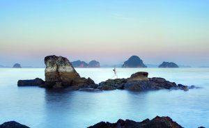 Krabi é uma ilha paradisíaca na Tailândia. Embarque com o Glamurama nessa!