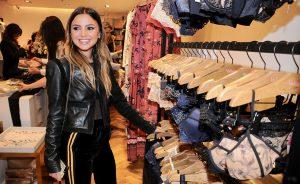 Valisere lança coleção no JK Iguatemi com glamurettes a bordo de bodies da marca