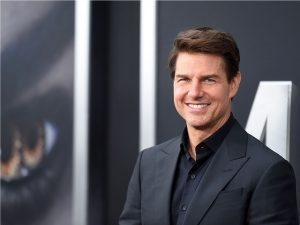 No aniversário de Tom Cruise, os presentes da Cientologia para o ator