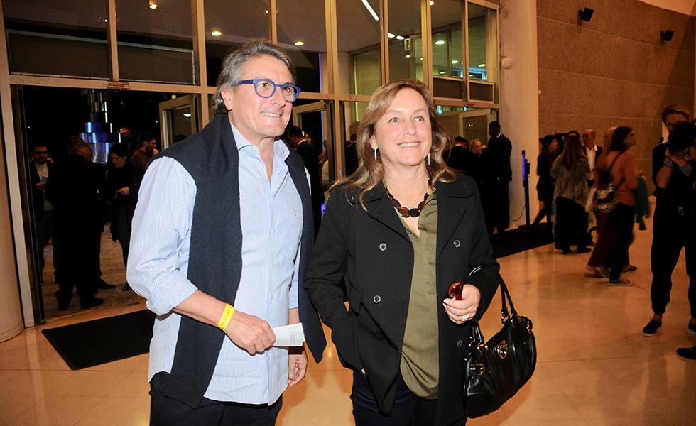 Rubens Scuoppo e Vitoria Arruda
