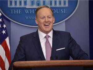 Ex-porta-voz da Casa Branca pode acabar no Dança dos Famosos dos EUA