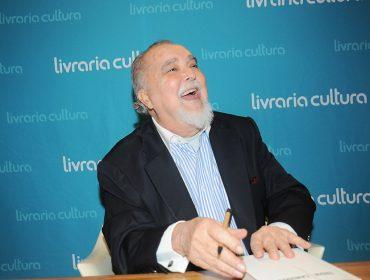 """Lançamento do livro """"Troia/Canudos"""", de Jorge da Cunha Lima"""