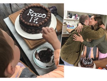 """Os 17 anos de Rocco e as gêmeas de Madonna ao som de """"Holiday"""". Vem ver!"""