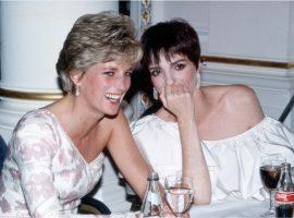 Liza, Cruise, Travolta: veja os amigos famosos de Diana que a ajudaram a se tornar mito