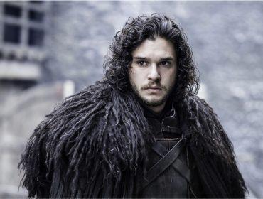 """Revelação de que capa de Jon Snow em """"GOT"""" é tapete da Ikea rende homenagem"""