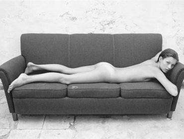 Principal atributo de Kate Moss em seu primeiro emprego foi… não ter bumbum! Oi?