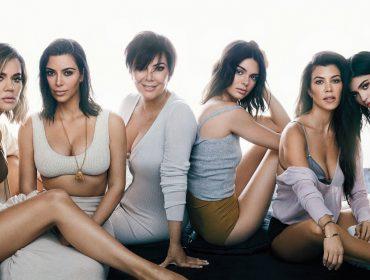 """""""Keeping Up With the Kardashians"""" completa 10 anos com faturamento acima de US$ 1 bilhão"""