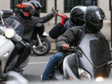 Nova modalidade de assalto à mão armada deixa polícia de Londres em alerta