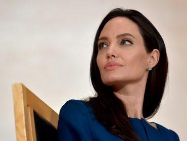 Angelina Jolie diz que seu novo filme a ajudou na decisão de se separar de Brad