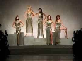 Supermodelos dos anos 1990 causam furor na passarela da Versace… Tem até ex-primeira dama