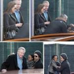 Angelina Jolie com o pai, Jon Voight, Brad Pitt e os filhos: família unida em Veneza