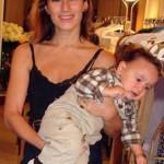 Charlotte Dellal com o filho Ray: quase oficial