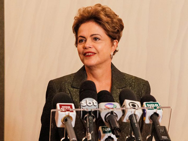 Dilma Rousseff durante coletiva em Estocolmo || Créditos  Roberto Stuckert Filho/PR