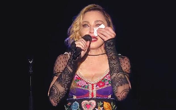 Madonna: comoção || Créditos: Reprodução / YouTube