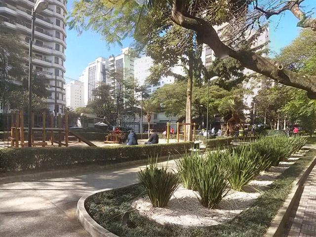 tamanho  Praça Pereira Coutinho